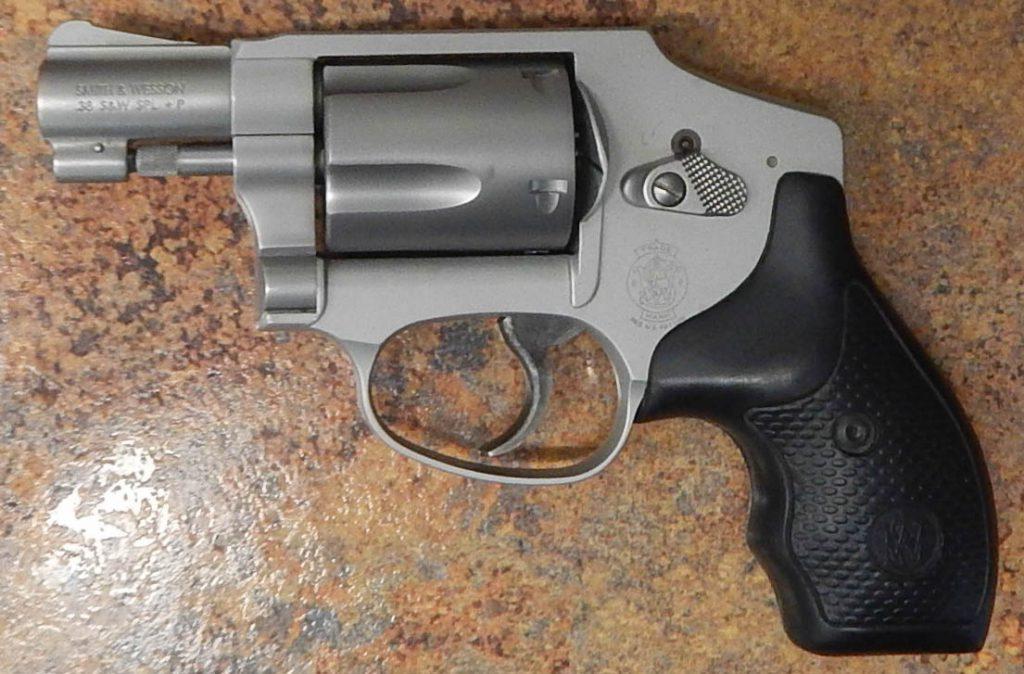 Smith & Wesson M642 1.875 .38SPL
