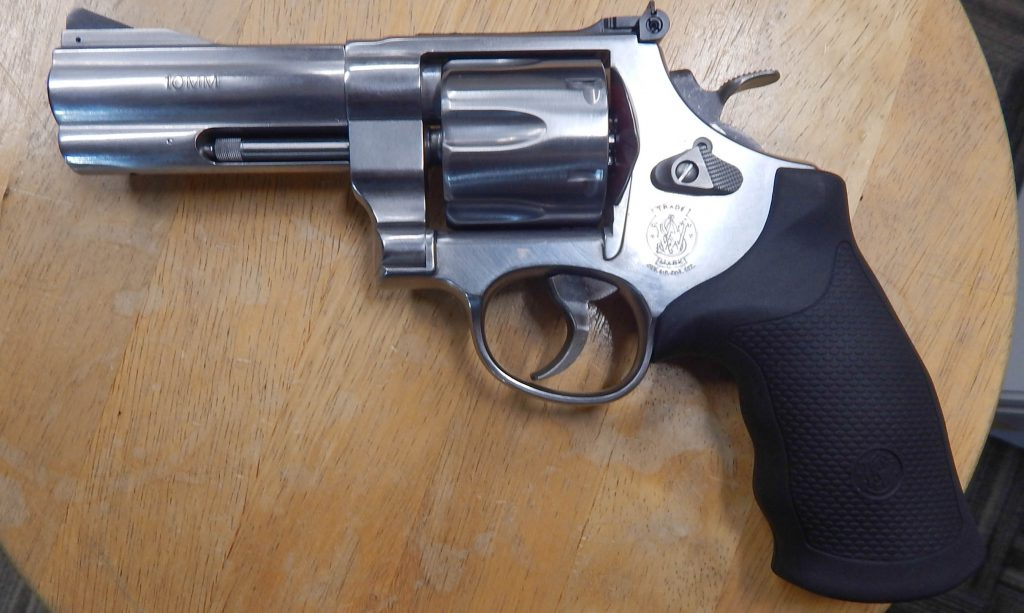 Smith & Wesson 610 4