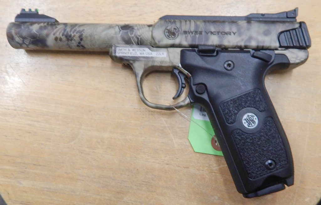 Smith & Wesson Victory 5.5 .22LR Kryptek