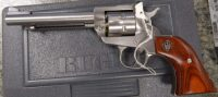 Ruger Single Six stainless steel .22lr & .22WMR 5.5in 0625