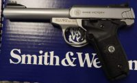Smith & Wesson Victory .22lr stainless steel 5.5in barrel 108490