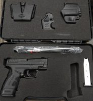 Springfield Armory XD Mod 2.0 .40sw 3in with gear