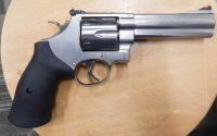 Smith & Wesson 629 Classic 5